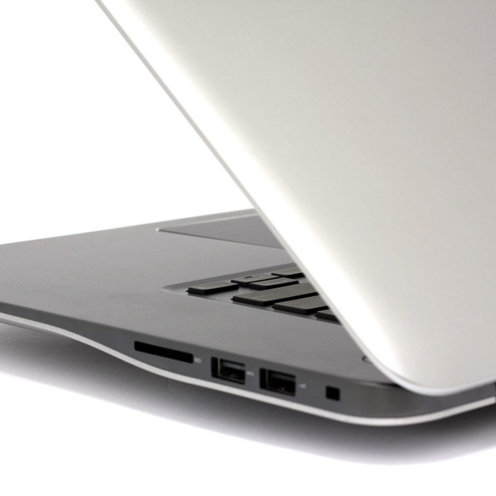 Dell Inspiron 15 7000 Silver
