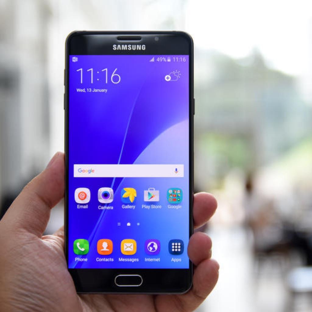 samsung galaxy s7 phone