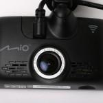 Mio MiVue 688: сенсорный видеорегистратор хорошего качества